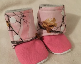 Booties stay on baby booties camo pink