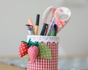 Pencil Cup Strawberry