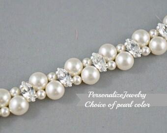 Bridal bracelet, Bridesmaid bracelet, Swarovski pearls, Wedding jewelry, Rhinestone crystals, Two strands, Ivory cream champagne pearls