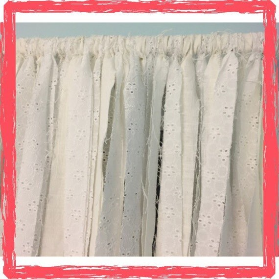 White Vintage Kitchen Curtains: Items Similar To Vintage Farmhouse Shabby Chic Curtains