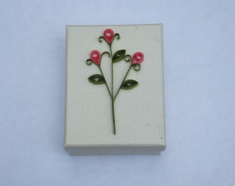 Rosebud Quilled Gift box