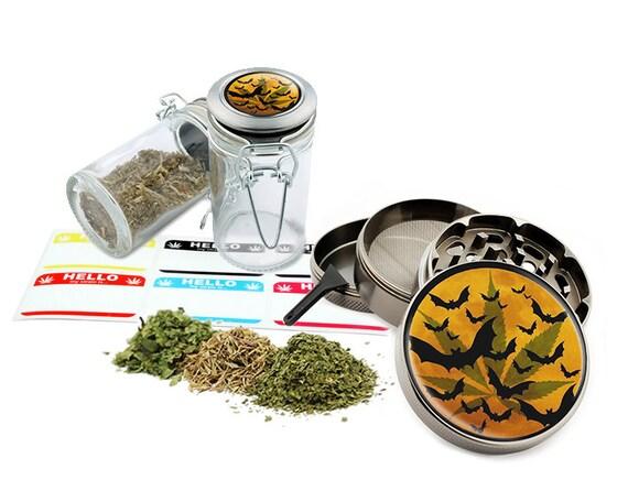 "Bats - 2.5"" Zinc Alloy Grinder & 75ml Locking Top Glass Jar Combo Gift Set Item # G022015-035"
