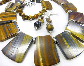 Brown Tiger iron set in Cleopatra style