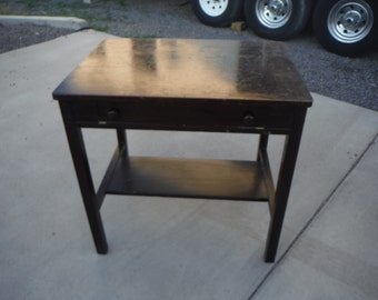 Cadillac Desk Table by Cadillac Cabinet Co. Detroit Michigan 1908