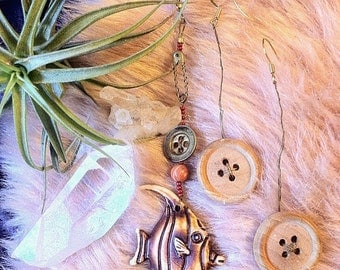 fiish & woOden button earring combo