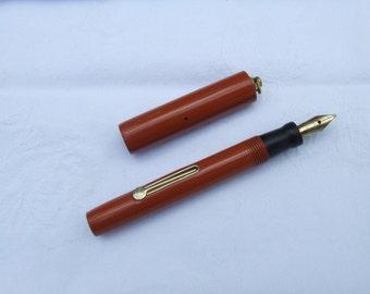Pendant Ring Top fountain pen