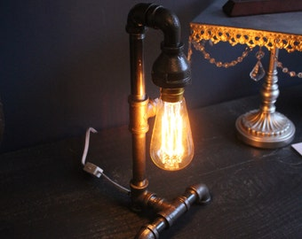 Edison Bulb Desk Lamp 90 degree base - Industrial Pipe Lamp - Urban Industrial - Steampunk Lamp - Rustic Charm