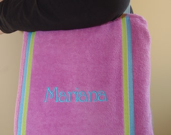 "Personalized Beach Towel With Handle - 100% Cotton - Size 70cm x 140cm (28"" x 55"")"