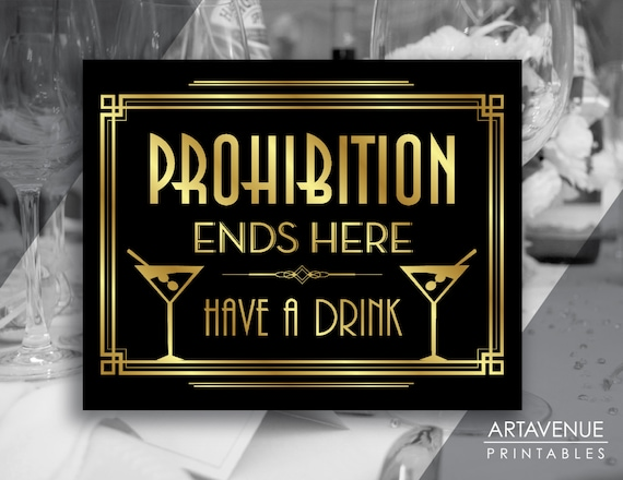 the great gatsby prohibition The great gatsby, by f scott fitzgerald, was published in 1925, at the height of the prohibition era this was also the time period during which the story is set this was also the time period.