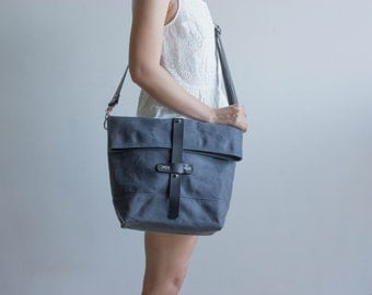 Waxed canvas bag, waxed canvas tote, waxed canvas shoulder bag, waxed bag, waxed canvas handbag, foldover bag, messenger bag