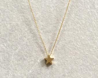 Star Necklace ~ Gold