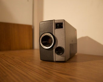 kodak m4 instamatic movie camera