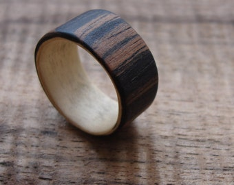 Bentwood ring Maple Makassar