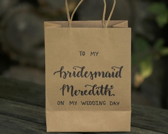 Personalized Bridesmaid Gift Bag, Maid Of Honor, Bridal Party, Customized, Custom, Personal, Wedding, Wedding day, birthday gift