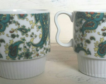 Vintage stackable mugs.   Retro Paisley print Coffee Mug Tea Cup.    Red Paisley Made in Japan