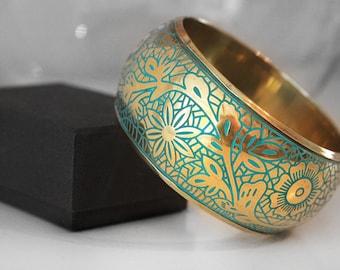 Gold Turquoise Bangle, Vintage Brass Bracelet, Antique Bangle Bracelet, Oriental Arabesque Jewelry, Turquoise Pattern Bangle