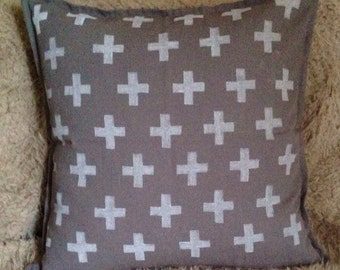 Grey pattern cushion +.