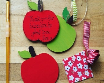 Teachers carer helpers thankyou mini gift sign plaque apple keepsakes unique quirky gift
