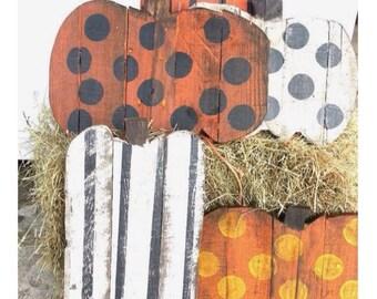 Pallet pumpkins