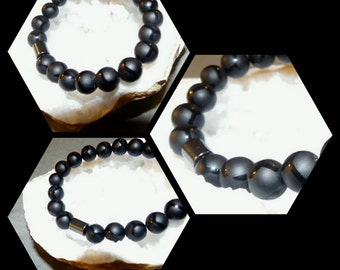 Unisex Black Laser Cut Onyx Bead Bracelet with Hematite Focal Bead Reiki Healing Chakra Balancing Gemstones Men's Women's