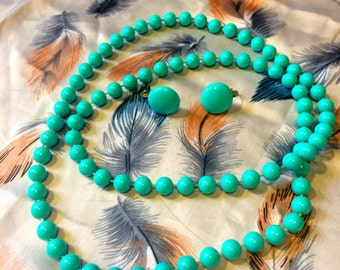 Vintage beaded necklace with matching earrings