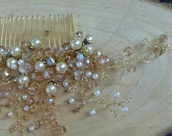 Bridal Hair Comb. Wedding Hair Comb. Decorative Beige Comb. Pearl and Crystal Bridal Hair Accessory. Bridal Haircomb