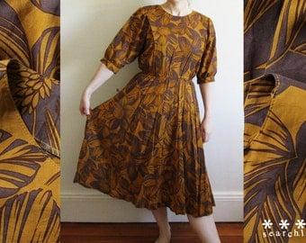 1980's Vintage Long Sleeve Brown & Gold Dress - Medium