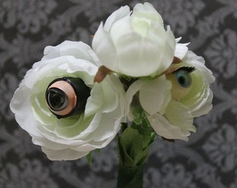 Eyeball boutonniere-Halloween boutonniere-Halloween wedding-creepy decor-Gothic wedding-Dark wedding-Halloween costume-Vintage doll eyeballs