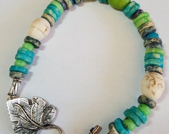 Bracelet Howlite recycled beads leaf toggle clasp