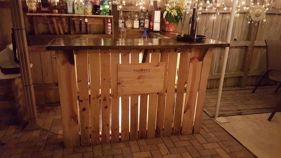 Reclaimed Wood Pallet Bar Indoor/outdoor