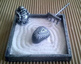 KARESANSUI, mini ZEN garden with stone mandala heart black and silver,