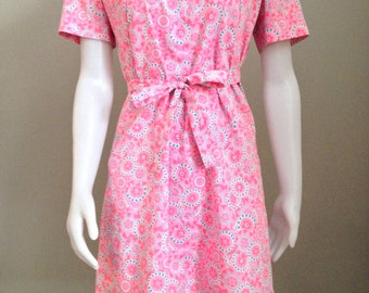 Modern 1970's style dress