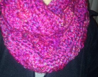 Bulky, warm winter infinty scarf