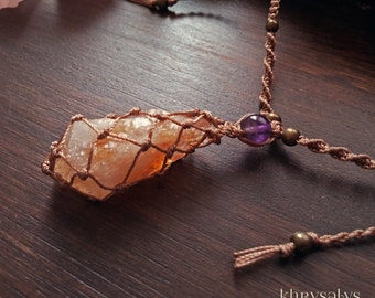 Macramé necklace with citrine (Amethyst heated)
