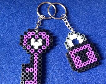 Llaveros hama bead / Hama bead keychain