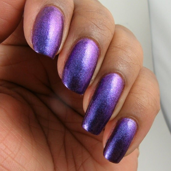 electric purple nail polish - photo #39