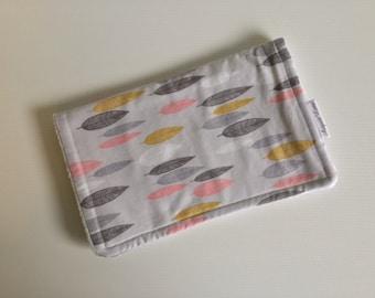 Burp Cloth / Organic Cotton /Baby Girl /Leaf Design