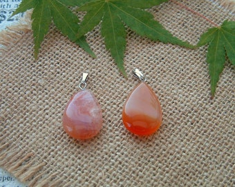 Very beautiful PENDANT in the shape of drop in CARNELIAN natural stone