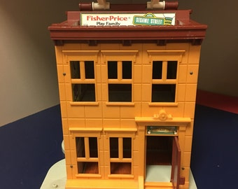 Fisher Price Little People Sesame Vintage Apartment House.