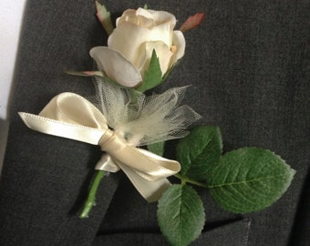 Sheer Bliss Boutonniere Wedding