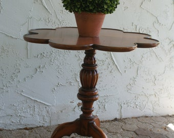 Flower Accent Table