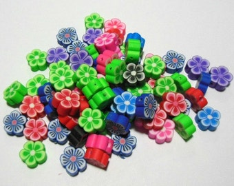 50 Handmade Polymer Clay Flower Beads 10mm (BR6)
