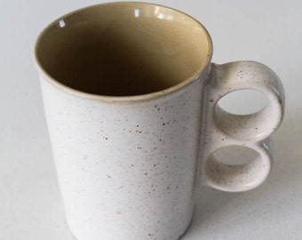 Dubsie Ceramic Duo Knuckles Mug