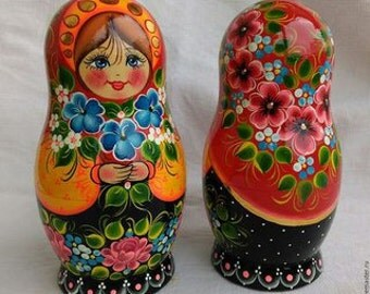 "4,7"" (12cm) Set of 5 Traditional Wooden Russian Nesting Doll, Matryoshka"