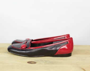 VINTAGE 80s Enzo Angiolini black leather red patent loafers