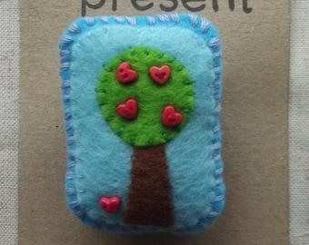 Felt Tree Brooch