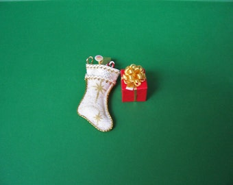 Miniature Christmas Stockings-1:12 Scale-Christmas Stocking-Gold and Cream-Dollhouse Miniature