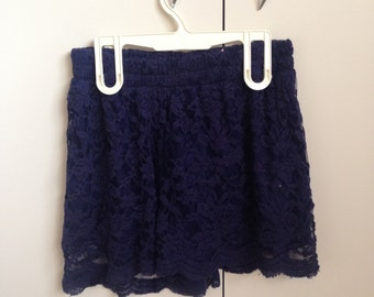 Lace High Waisted Navy Shorts - Size 8