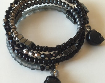 Black Skull & hematite arrow beaded memory wire wrap bracelet