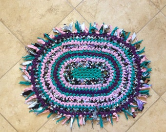 27 OVAL T-shirt CROCHETED RUG